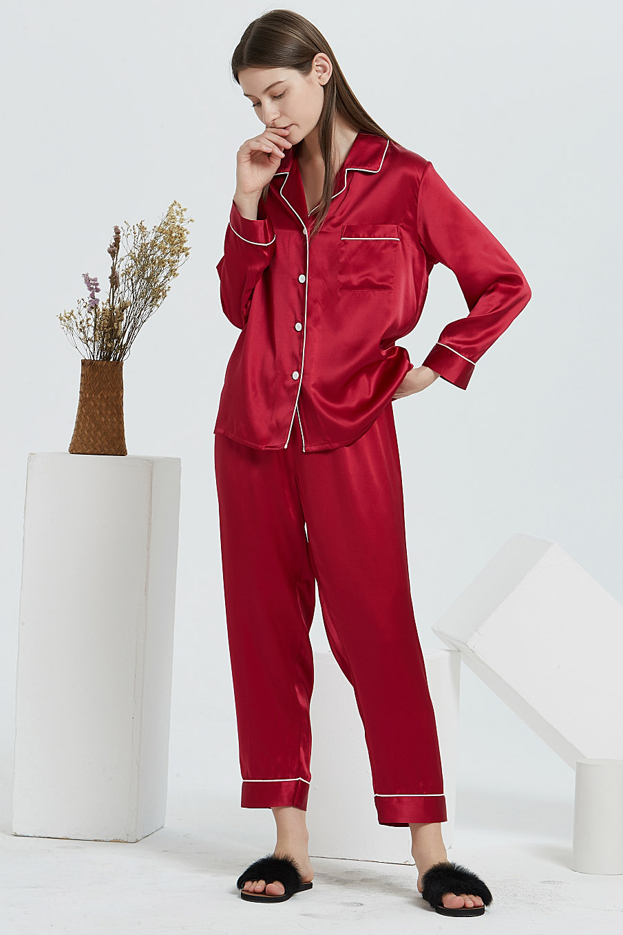 16 Momme long sleeve silk pajamas set for women wine