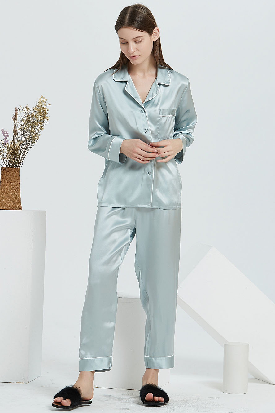 16 Momme silk pajamas set for women light green