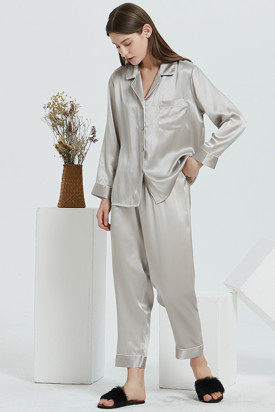 16 Momme long sleeve silk pajamas set for women gray