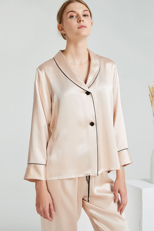 19 Momme women two buttons satin silk pajamas set beige